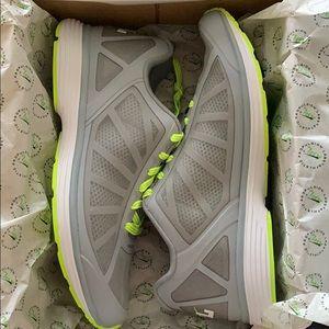 APL Men's Running shoes